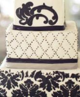أفكار مميزة لكعكات الزفاف باللونين الأسود والأبيض